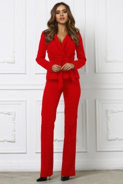 Брючный костюм с поясом, красный