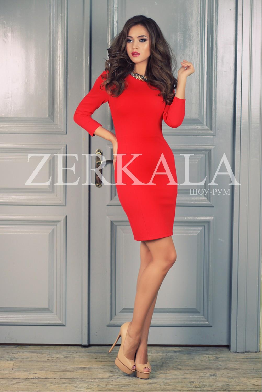 Красное офисное платье