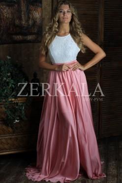 Вечернее длинное розовое платье без рукавов