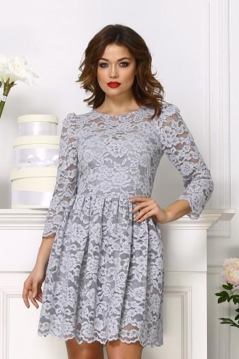 Серое кружевное короткое платье