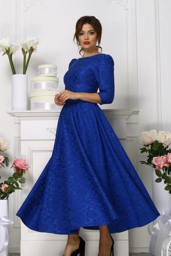 Синее платье миди с пышной юбкой из жаккарда