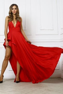 Красное платье в пол без рукавов