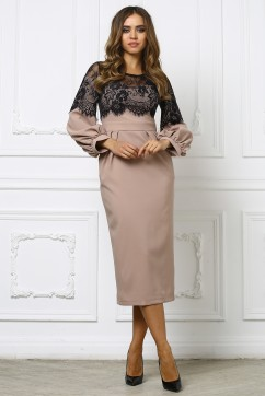 Бежевое платье миди с кружевным верхом