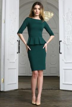 Зеленое офисное платье миди с баской