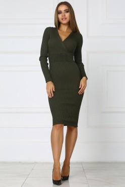 Трикотажное платье с вырезом на груди цвета хаки