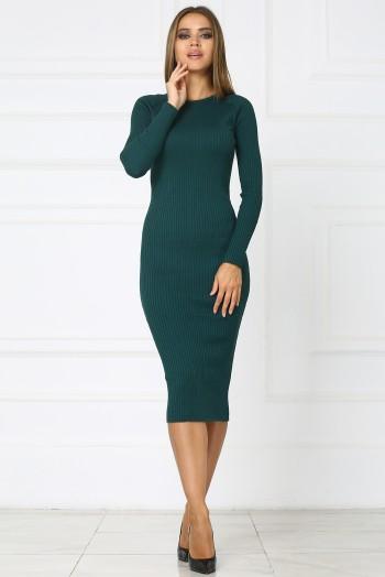 Зеленое теплое трикотажное платье миди
