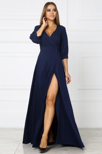 Темно-синее длинное платье с вырезом на ноге