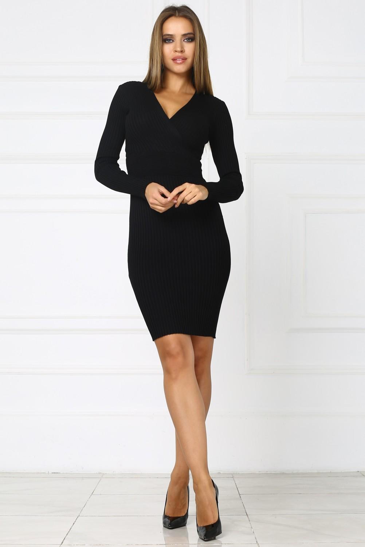 5f8df504404 Купить черное трикотажное платье с вырезом на груди
