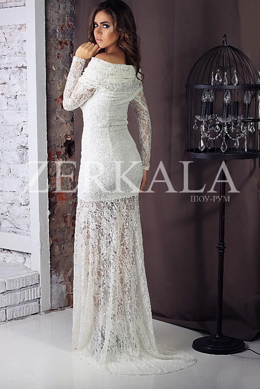 Белое длинное кружевное платье в пол