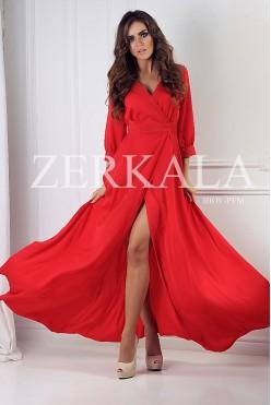 Красное длинное платье с вырезом на ноге