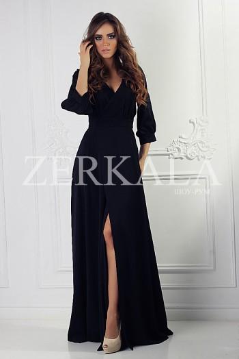 Черное длинное платье с вырезом на ноге