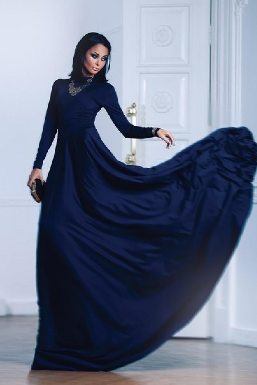 Синие гипюровые платья в пол