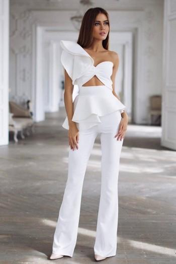 Брючный костюм, цвет белый