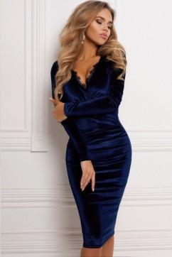 Короткое бархатное синее платье с декольте