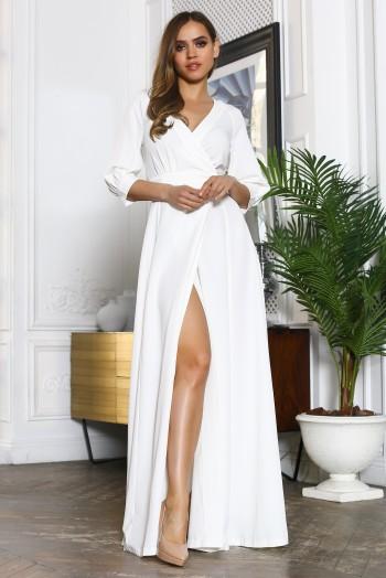 Белое платье в пол с вырезом на ноге