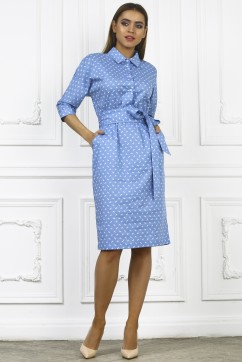 Голубое платье миди с поясом и воротничком