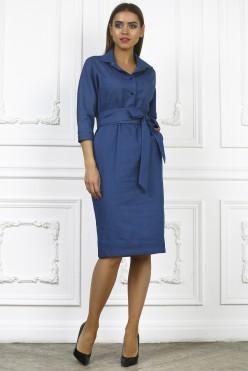 Синее платье миди с поясом и воротничком