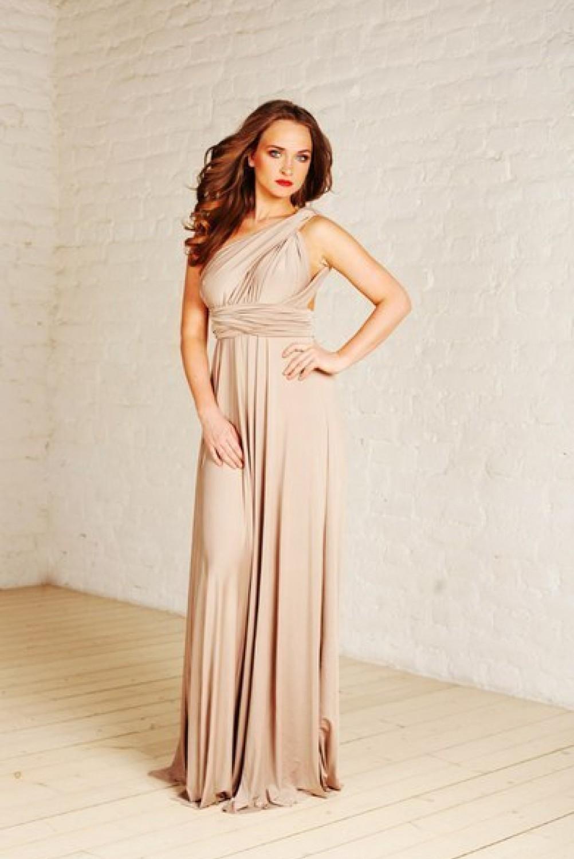Платье цвета беж фото